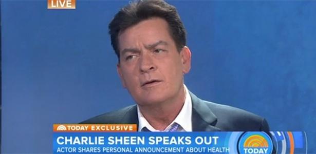 """Charlie Sheen suspende medicação contra HIV :""""Eu nasci morto"""""""