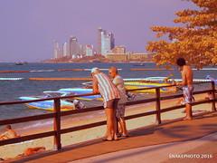 P1011331-002 (snakephoto) Tags: street beach lens thailand view olympus zuiko pattaya fullspectrum snakephoto epl2 1250mmf3563