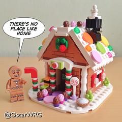 #LEGO #GingerbreadMan #Gingerbread #House #GingerbreadHouse #Liquorice #Allsorts #LiquoriceAllsorts #Sugar #Candies #SugarCandies #40139 @lego_group @lego @bricknetwork @brickcentral (@OscarWRG) Tags: house lego gingerbread sugar gingerbreadhouse liquorice candies allsorts gingerbreadman liquoriceallsorts 40139 sugarcandies