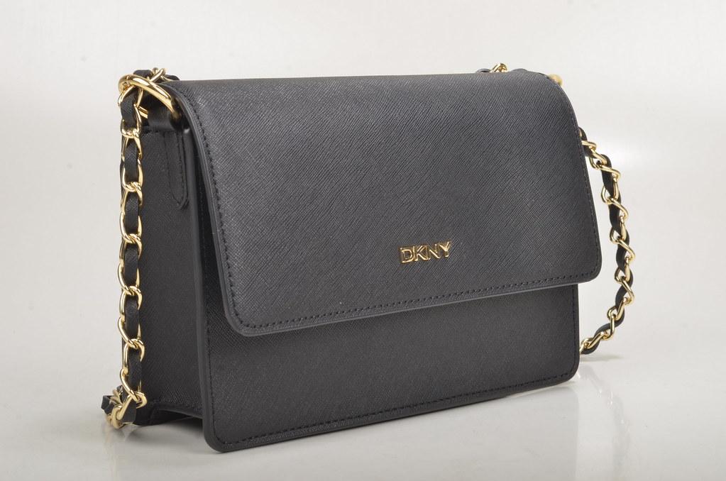 6449b320abb99 DKNY SM Flap Crossbody W   ADJ Crossbody Handtasche R161003 Saffiano  Kalbsleder schwarz (black)