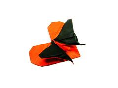 Heart & Butterfly (Al3bbasi.) Tags: sculpture art love butterfly paper design origami heart valentines valentinesday kamiyasatoshi al3bbasi