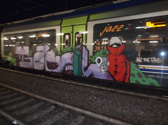 kill the fake! (en-ri) Tags: train writing torino graffiti dna basil rosso omino lilla vede pistolero