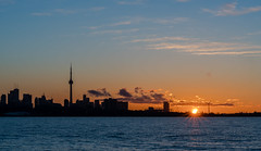 Toronto Skyline at Sunrise (mhmd.alosaimi) Tags: bridge toronto skyline sunrise bay humber