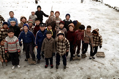 31-598 (ndpa / s. lundeen, archivist) Tags: city winter people snow color fall film ice boys smile hat smiling kids 35mm children sweater clothing coat nick group citylife hats korea clothes korean gloves seoul 1970s coats hillside iceskates southkorea sled 1972 31 skates sleds dewolf nickdewolf photographbynickdewolf reel31