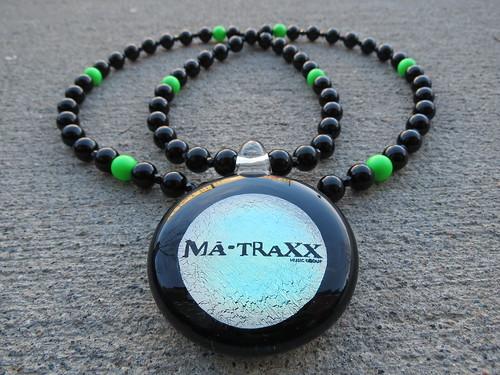 CUSTOM MA-TRAXX