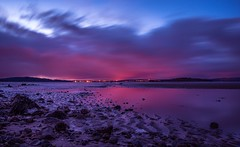 Gorgeous twilight's colors (Dimitris&Ruze) Tags: uk longexposure nightphotography pink beach nature colors beautiful scotland twilight edinburgh pentax escocia reflexions aftersunset beautifulearth outdoorphotography twilightcolors scottishbeauty