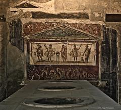 frescoes in Pompeii (Opera.Pink - d s g n) Tags: italy art italia campania arte pompeii naples pompeya npoles romanart frescoes imperioromano imperium arteromano romanimperium ancientpompeii frescoesinpompeii antiguapompeya