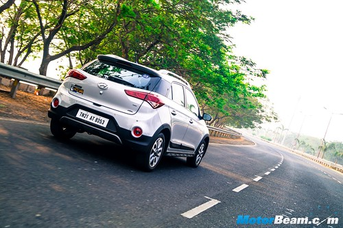 Hyundai-i20-Active-Long-Term-1