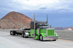 Peterbilt 379 with a Flatbed (NV) (Trucks, Buses, & Trains by granitefan713) Tags: classic truck custom sleeper peterbilt 18wheeler flatbed bigrig largecar 379 longhood owneroperator peterbilttruck flatdeck peterbilt379 trucktractor sleepertractor