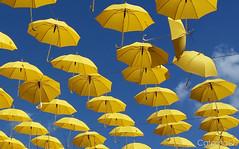 Yellow Umbrellas (CaterinaQ) Tags: blue sky colors yellow contrast umbrella blu giallo cielo colori ombrello contrasto