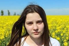 Portret (Stefan Machita) Tags: blue camp portrait sky woman man nature face field yellow canon mouth nose la photo eyes fotografie tara maria country natura romania om portret nas ochi fata rapeseed gura cer albastru galben rapita femeie 700d