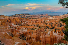 Orange White (Manuel Bu) Tags: travel orange usa cloud sun sunlight white west nature beautiful clouds landscape evening utah nationalpark dusk roadtrip canyon bluehour brycecanyon westcoast eveninglight softlight aftersunset brycecanyonnationalpark orangewhite beforenight