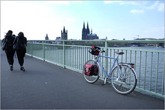 Deutzer Brcke (MoJo_3016) Tags: columbus bike bicycle trekking cycling tour cathedral dom steel tubes cologne kln cycle frame bici rohr zona velo fahrrad touring patria brooks helios stahl magura lugged cycletouring hs33 gemufft touringbicycle stahlrahmen grossanktmartin