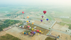 Lubao Hot air Balloon at Pradera Verde (11 of 29) (Rodel Flordeliz) Tags: travel sky hot air balloon billboard adventure oxygen riding hotairballoons pradera pampanga bataan lubao lubaohotair