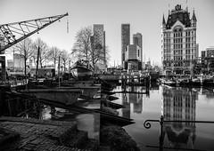 (Henk Sikkenga) Tags: street urban blackandwhite bw white black streets monochrome rotterdam streetphoto bnw oldharbour oudehaven straatfotografie henksikkenga