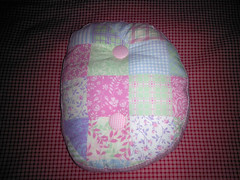 Almofada letra D (Nena Matos) Tags: aniversario casa handmade crianas presente tecidos almofadas alfabeto 100algodao almofadasletras quartosdecoraao