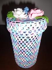 Porta-tudo de croch com flores (Costurinhas da Sueli - Festejando 6 anos) Tags: flores porta pote croch cestinha