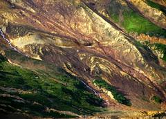 Scarps (Dru!) Tags: red orange canada green wall bc britishcolumbia valley fault landslide geology bedding seabridge geomorphology coastmountains landslip scarp brucejack boundaryranges debuttressing mitchellglacier seabridgejuly