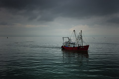 coming home (stocks photography.) Tags: leica sea photography coast seaside fishing photographer stocks whitstable trawler stocksphotography michaelmarsh leicam9p