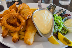 Fisherman's basket Canberra Southern Cross Club Jamison (garydlum) Tags: fish au prawns australia chips oysters canberra macquarie australiancapitalterritory hollandaisesauce