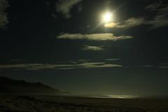 Lua Cheia (Oh Darling !) Tags: santa summer moon praia brasil night landscape noche paisaje luna midnight catarina exposicion medianoche