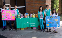 """""""Cookies, Get Your Cookies"""" (SJS Photog) Tags: california girls portrait people green colors cookies us unitedstates sale sony uptown vests girlscouts selling troop whittier sonyalpha 96594 a6000 sel35f18 ilcea6000 adayinwhittier onedayinwhittier"""