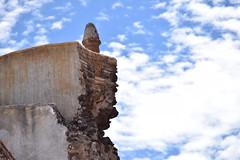 Exconvento de la Natividad (detalle) (Mario Adalid) Tags: muro azul mexico iglesia ruina cielo castillo antiguo roto mejico coatepec ixtapaluca