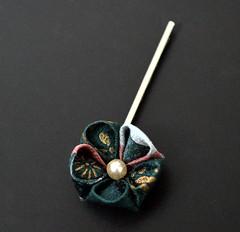 Green Flower Kanzashi. (Bright Wish Kanzashi) Tags: original flower handmade clip hairpin kanzashi tsumamizaiku