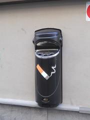 POSACENERE ASHMOUNT SG IN POLIETILENE DURAPOL (spazio verde int.) Tags: verde sg fumo spazio sigarette posacenere mozziconi cenere cicche polietilene ashmount glasdon