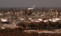 Baton Rouge Refinary (jimbowen0306) Tags: usa america la us louisiana unitedstates olympus batonrouge e3 refinery statecapitol statehouse capitolbuilding exxon oilrefinery refineries louisianastatecapitol exxonmobil oilrefineries batonrougela olympuse3 exxonmobiloilrefinery louisianastatehouse exxonrefinery exxonmobilrefinery exxonoilrefinery