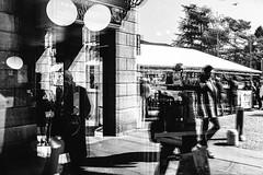 Riflessi Impazziti (Matteo Crema) Tags: street people reflection gente piazza portici dei belluno martiri riflesso impazzito