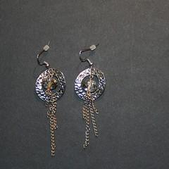 anneaux2 (fabrikarine) Tags: fleur vintage collier bijoux plastic boucle fou cuivre doreille