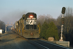rr6992 (George Hamlin) Tags: railroad bridge trees winter train photography virginia photo george diesel bare locomotive decor signal leaning piggyback bristow freight exhaust contrainer hamlin emd intermodal gp59