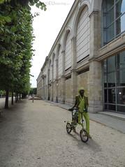 Fashionable gentleman in Paris (eutouring) Tags: life city travel paris france green fashion person citylife tuileries gentleman tuileriesgarden pariscitylife