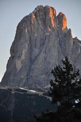 DSC_2877 (giuseppe.cat75) Tags: winter sunset italy mountains landscape nikon dolomiti sassolungo