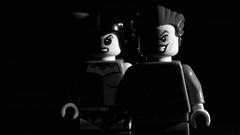 32/365: Deadly couple / Casal mortal (yago_ma) Tags: blackandwhite bw macro monochrome blackbackground studio toy couple brinquedo lego interior object small indoor pb spotlight monocromatic batman joker dccomics villain casal pretoebranco villains harleyquinn objeto pequeno estdio coringa fundopreto monocromtico hardlight vilo smallobject vil arlequina luzdireta viles pequenoobjeto