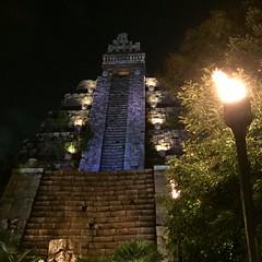 Tokyo DisneySea (jericl cat) Tags: disneysea river lost temple tokyo delta disney adventure mayan indianajones 2015 crystalskull