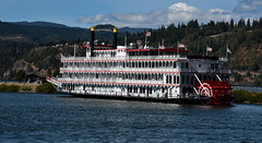 Queen of the West paddlewheeler (maytag97) Tags: nikon riverboat d750 paddleboat sternwheeler cruiseboat rivercruise paddlewheeler queenofthewest maytag97 hoodriverwaterfront