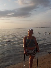 amp-1068 (vsmrn) Tags: woman crutches amputee onelegged