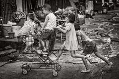 Kids Bangkok (siebe ) Tags: street blackandwhite bw monochrome kids children thailand photography blackwhite child play bangkok streetphotography photojournalism documentary scene thai streetphoto soi 2016 pratunam       siebebaardafotografie