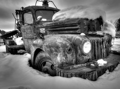 Old Ford Wrecker (Tom Mortenson) Tags: usa snow ford up digital america canon geotagged midwest michigan rusty vehicle northamerica upnorth upperpeninsula canoneos northwoods junker 1740l yoopers uppermichigan brucecrossing ontonagoncounty tonemapping snowbelt canon6d fordwrecker stannardtownship