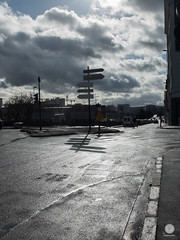 Carrefour (paul sudris) Tags: fuji ombre lumiere fujifilm extrieur x20 ligne naturelle urbain urbanisme fuite