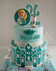 Little Elsa en little Olaf frozen taart mariannes gebaksels (mariannes gebaksels) Tags: castle cakes cake snowflakes olaf frozen little elsa friesland kasteel fondant sneeuwvlokken taart taarten mariannes gedecoreerd gebaksels gedecoreerde mariannesgebaksels