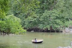 @Hogenakkal (Karthi KN Raveendiran) Tags: travel green river traveller boatman boatride hogenakkal karthiknraveendiran