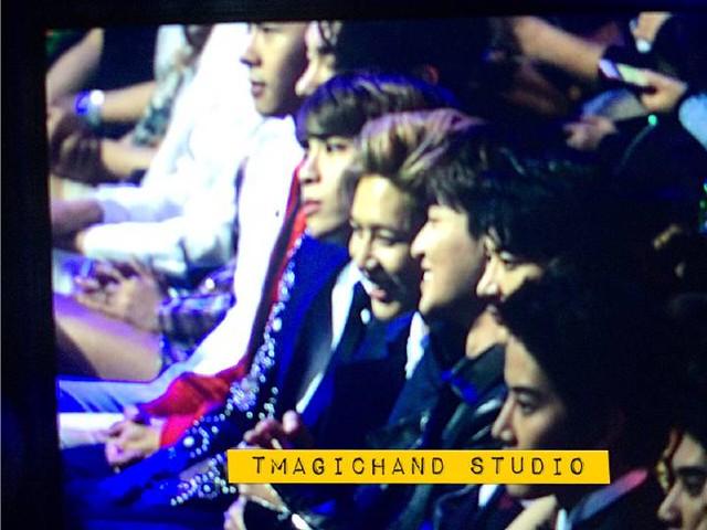 160329 SHINee @ 2016 KU Asia Music Awards' 25590774283_1fd01e8d59_z