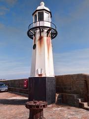St Ives Pier Lighthouse (Ian Gedge) Tags: uk england coast seaside cornwall harbour britain british stives kernow ligthouse