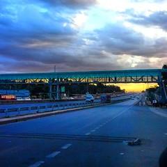 playing @sautisol 's track Coming Home... (githinjimwai) Tags: sunset superhighway mobipic rushinghome sautisol uploaded:by=flickstagram kenya365 instagram:photo=575291148106262573227669921