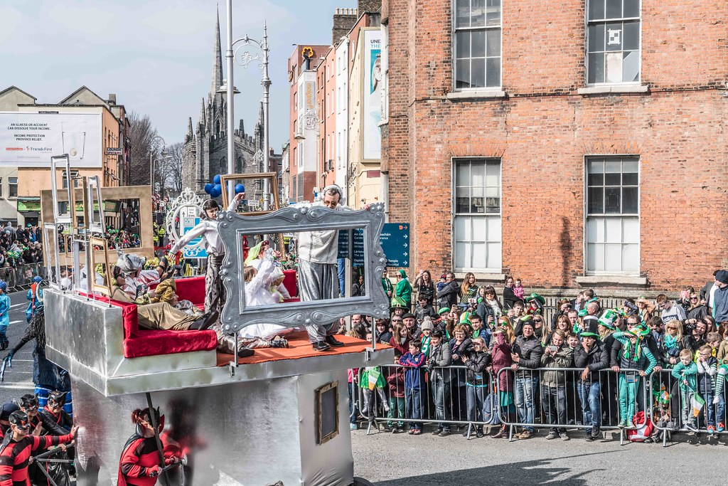 GAME ON BY CITY FUSION [DUBLIN 2016 PATRICK'S DAY PARADE]-112579