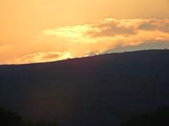 Crepsculo/Twiligth. (Betzimar Lpez) Tags: sky cloud naturaleza mountain nature freshair twilight heaven paradise natural air finepix fujifilm crepusculo montaa aire paraiso sl1000 lifelike degradado degraded