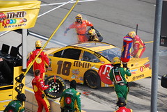 Kyle Busch, Pit Repair (cjacobs53) Tags: auto california car club race speed fast nascar jacobs fontana rancho speedway cucamonga jacobsusa